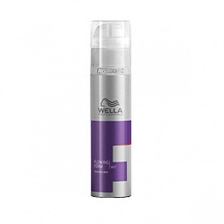 WELLA FLOWING FORM - CREMA DE NETEZIRE 100ML